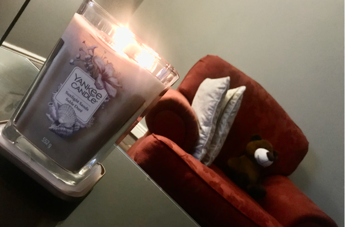 Yankee Candle Sunlight Sands [Review]
